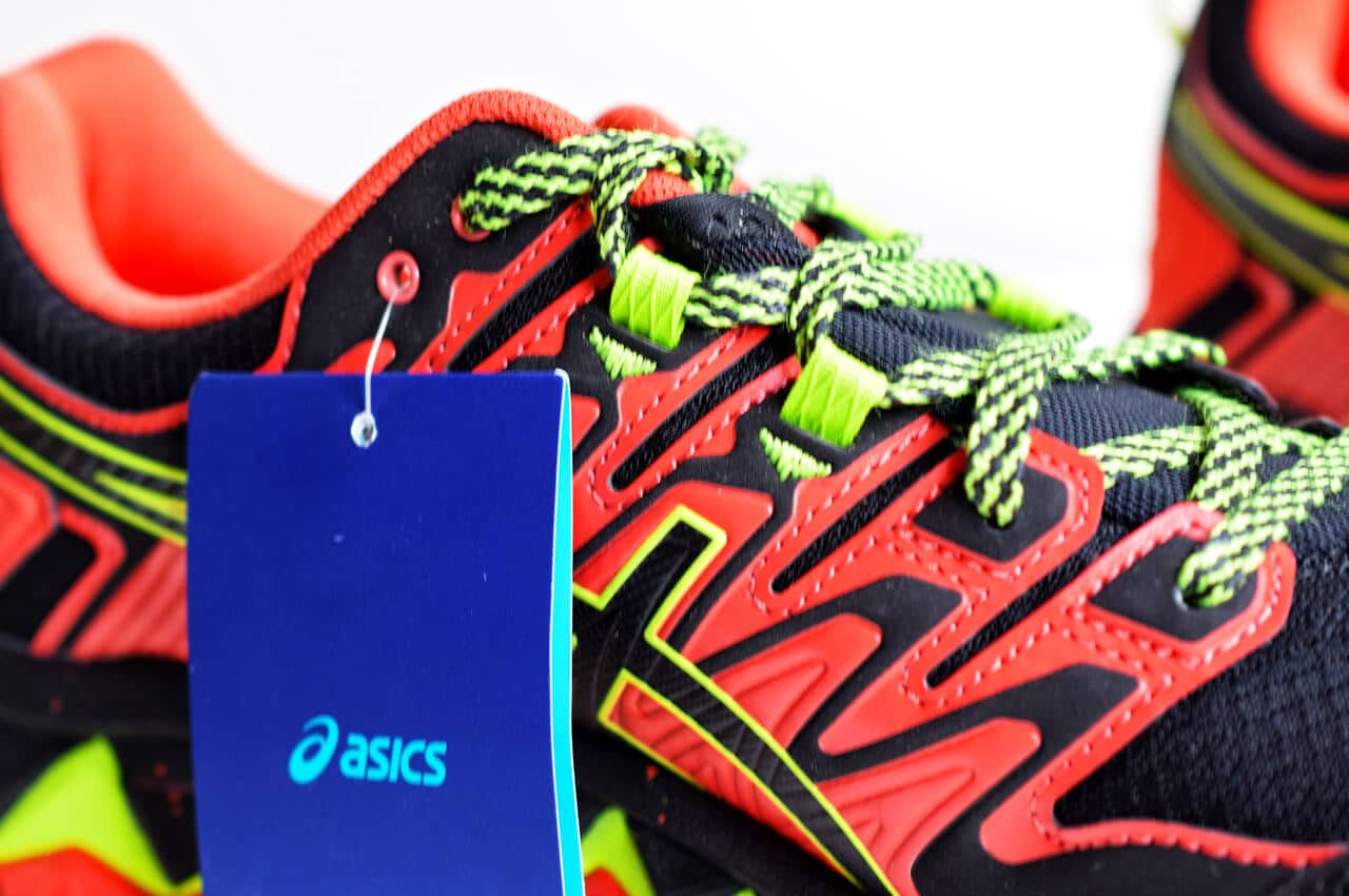 ASICS Fujitrabuco 7 met label