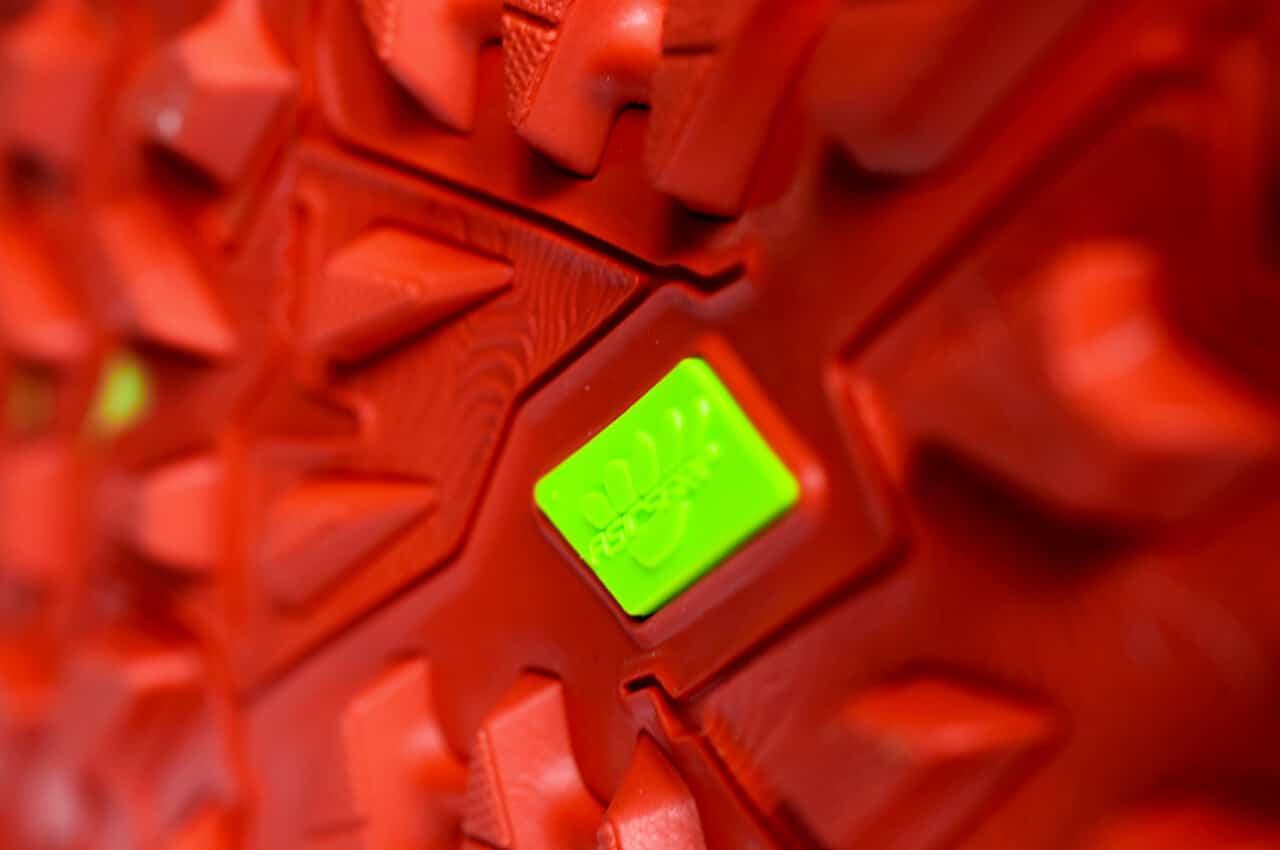 Het profiel van de ASICS trailrunning schoen met ASICSGRIP