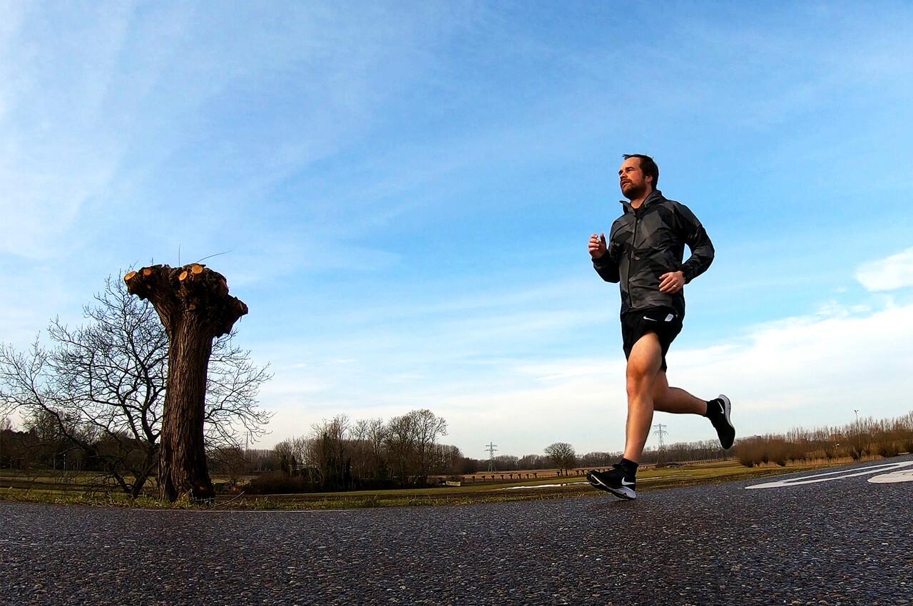 Wat is de juiste hardloopritme tijdens een hardloopwedstrijd?