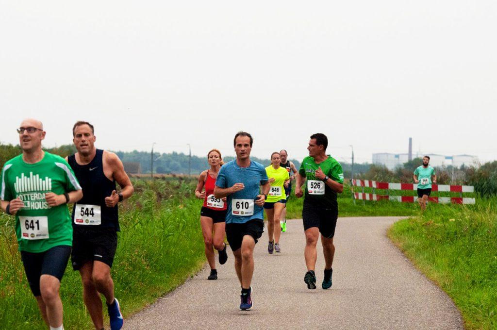 hardloopschema 15 kilometer voor beginners