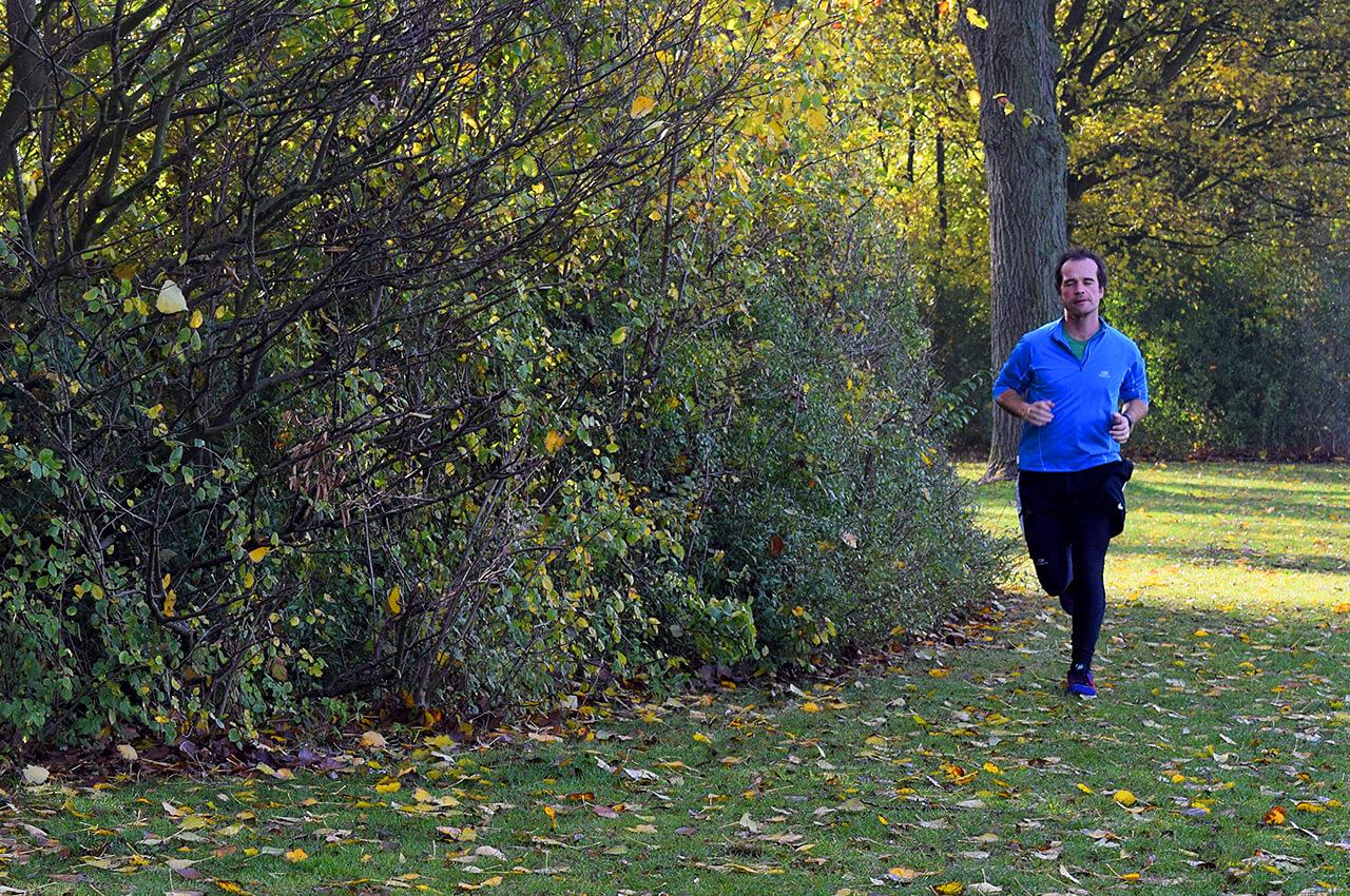 Overstappen van hardlopen op de weg naar trailrunnen