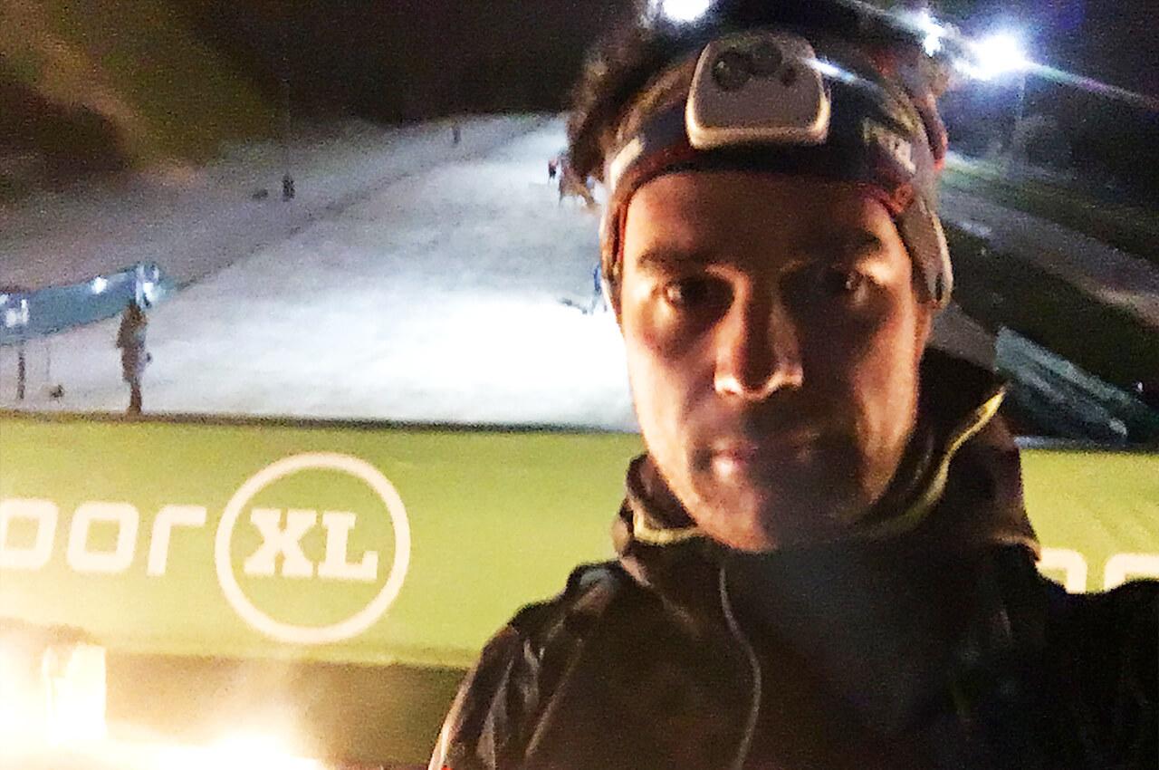 Wim met een Petzl Hoofdlampje tijdens de Petzl Night Trail
