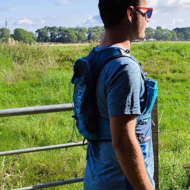 Product Ultimate Direction Mountain Vest 4.0