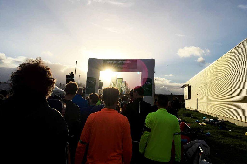Start van de DSW Bruggenloop 2018