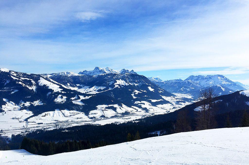 Uitzicht vanaf de Kitzbughel Horn in Sankt Johann