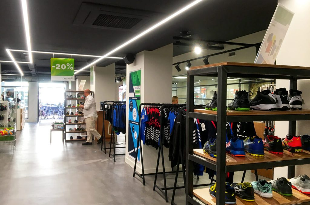Voor hardloopschoenen kan je terecht in de Xcelsior winkel